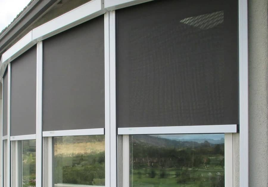 Retractable Phantom Screens-The Best way for Shielding